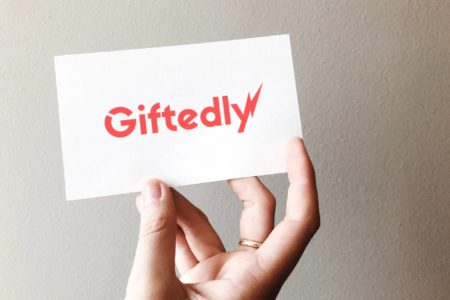giftedly-card-view-namoxy-2